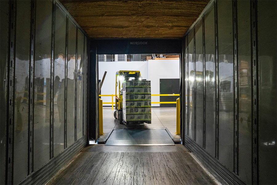 Lebensmittel-richtig-transportieren-Transportbehälter